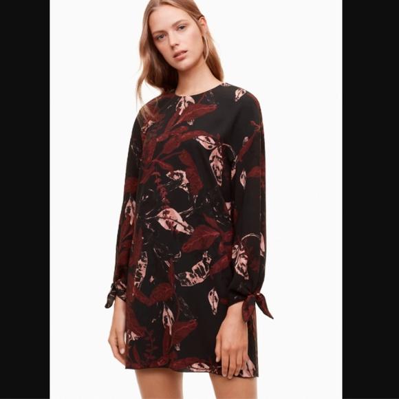 Aritzia Dresses & Skirts - Aritzia Wilfred Charpont Dress Leaf Print Shift
